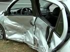 Três pessoas da mesma família ficam feridas em acidente na BR-153
