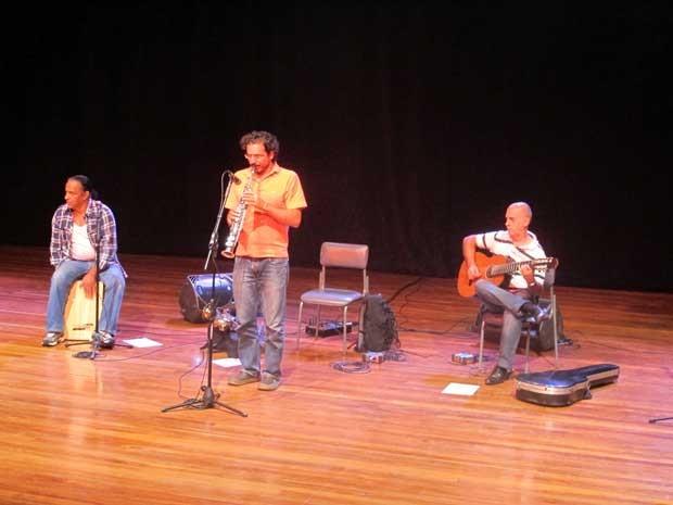 Músicos se apresentam na SP Exposamba 2013 (Foto: Elaine Almeida / G1)