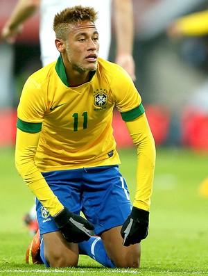 Neymar no jogo amistoso do Brasil x Inglaterra (Foto: Reuters)