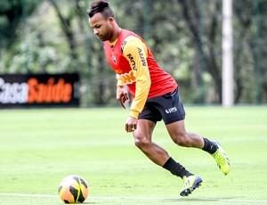 Fernandinho treino do Atlético-MG (Foto: Bruno Cantini / Site Oficial do Atlético-MG)