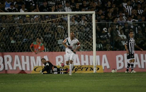 Fábio Júnior comemora gol contra o Ceará no PV (Foto: Natinho Rodrigues/Agência Diário)
