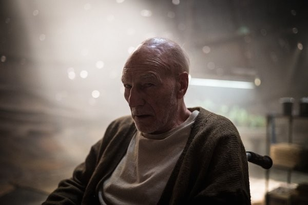 Patrick Stewart como o Professor Xavier em 'Logan' (Foto: Divulgação)