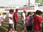 Grupo de índios protesta contra PEC 215 e pede água encanada, no Paraná