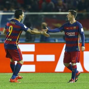 Neymar, Luis Suárez e Messi comemoram gol do Barcelona final do Mundial de Clubes (Foto: AP Photo/Shizuo Kambayash)