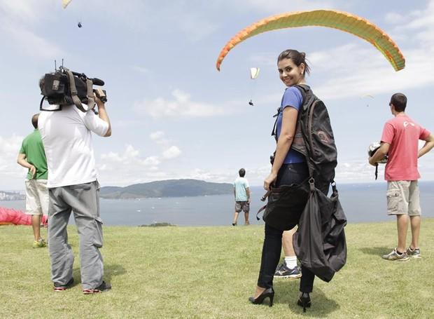 Tatyana Jorge salta de parapente (Foto: arquivo pessoal)