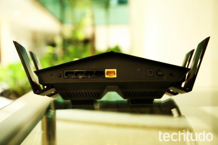 Roteador D-Link DIR-879 (Foto: João Gabriel Balbi/TechTudo)