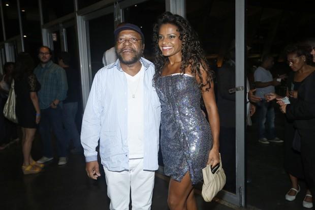 Martinho da Vila e Quitéria Chagas no prêmio Estandarte do Ouro no Rio (Foto: Roberto Filho/ Ag. News)