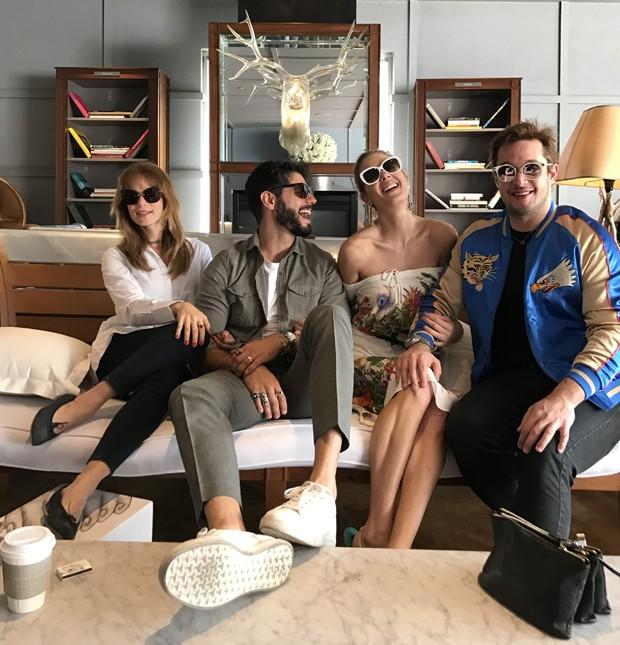 Mariana Ximenes, Kadu Dantas, Gianne Albertoni e Helinho Calfat (Foto: H Calfat Divulgação)
