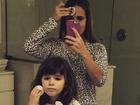 Fernanda Pontes e Malu passam maquiagem: 'Tal mãe, tal filha'