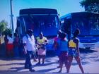 Moradores fazem protesto por horários de ônibus em Campos, RJ