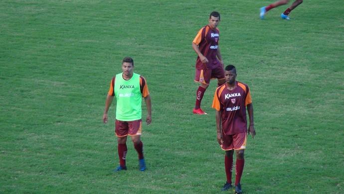 Johnnattan, Glaydson e Audálio, jogadores do CRB (Foto: Paulo Victor Malta/GloboEsporte.com)