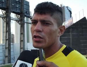 Edson, volante do ABC (Foto: Tiago Menezes)