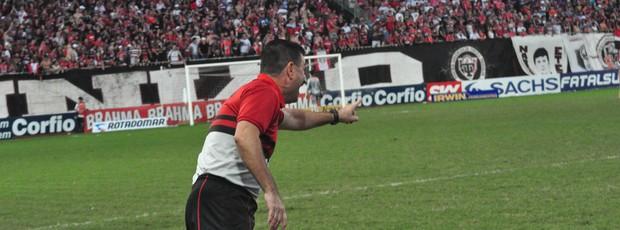 Leandro Campos, técnico do Joinville (Foto: Divulgação / JEC)