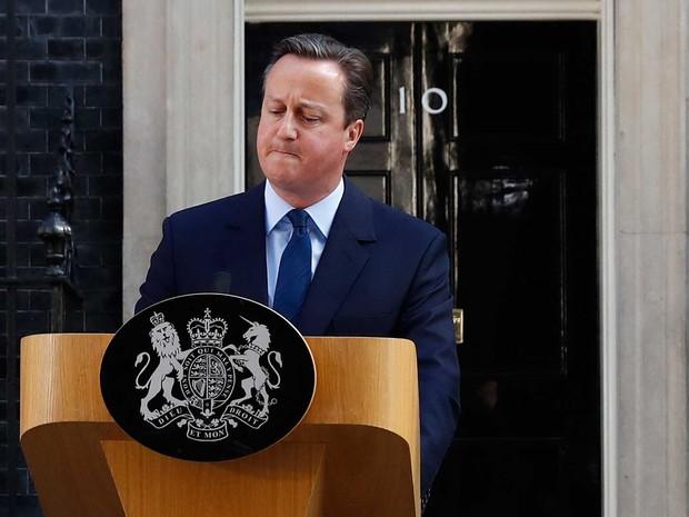 O primeiro-ministro brit�nico David Cameron durante pronunciamento ap�s referendo decidir que Reino Unido vai abandonar a Uni�o Europeia (Foto: Stefan Wermuth / Reuters)
