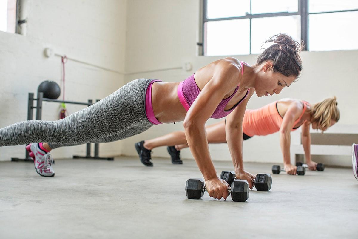 """Conheça o HIIT, método de treinamento intenso que promete """"secar"""" de maneira rápida e eficiente (Foto: Vogue Espanha/Reprodução)"""