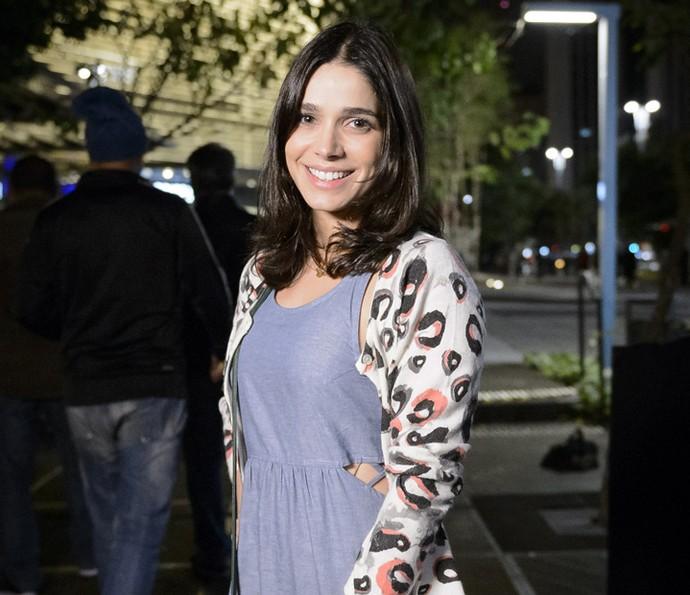 Em 'Haja Coração', Sabrina será Shirlei (Foto: Globo/Ramón Vasconcelos)