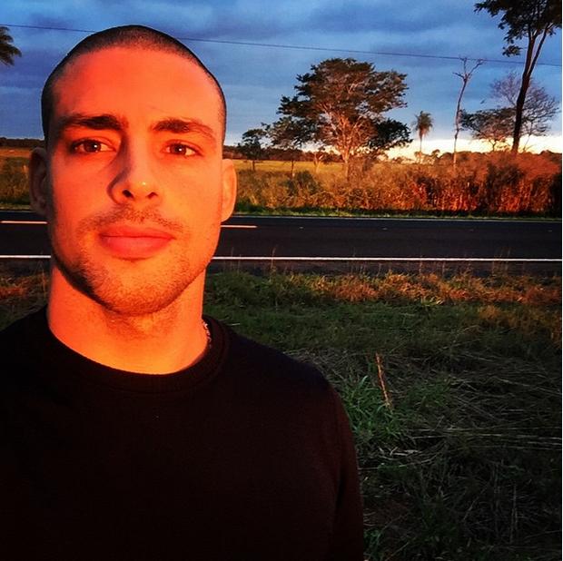 Cauã Reymond (Foto: Reprodução/Instagram)