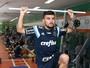 Victor Luís chega ao Botafogo para exames médicos. Airton não treina