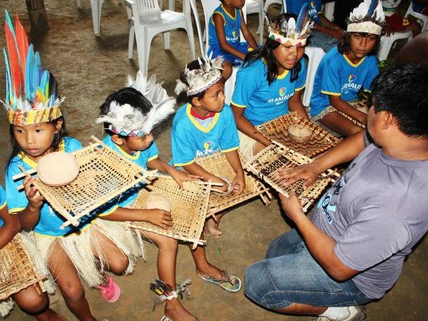 Alunos indígenas de Manaus (Foto: Divulgação)