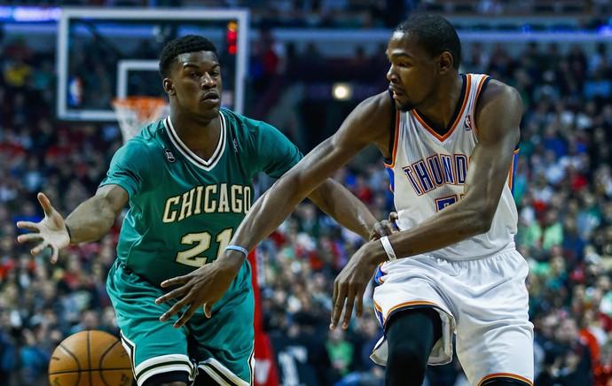 Basquete NBA - Kevin Durant e Jimmy Butler, Oklahoma City x Chicago Bulls (Foto: EFE)