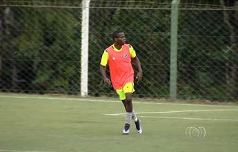 Carlos pede atenção ao Goiás nos minutos iniciais contra o Luverdense