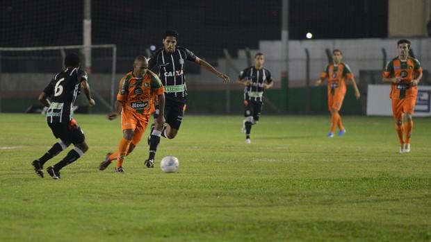 Figueirense x Camboriú Willian Magrão Saci Anderson (Foto: Rafaela Martins/Agência RBS)