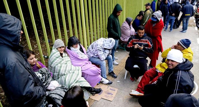 Fila Ingressos são paulo frio (Foto: Nelson Antoine / Agência Estado)