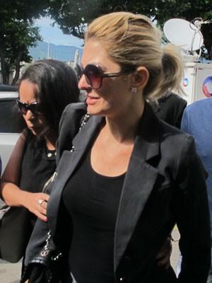 Antônia Fontenelle chega ao velório de Marcos Paulo (Foto: Renata Soares/G1)