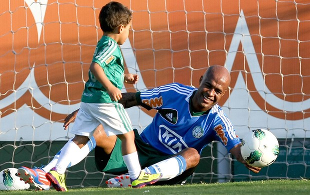 Marcos Assun&#231;&#227;o e seu filho, Palmeiras (Foto: Cesar Greco / Ag&#234;ncia Estado)
