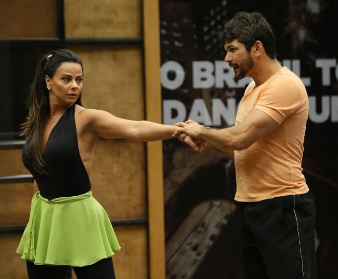 Atriz é elogiada por seu coreógrafo (Foto: Isabella Pinheiro/Gshow)