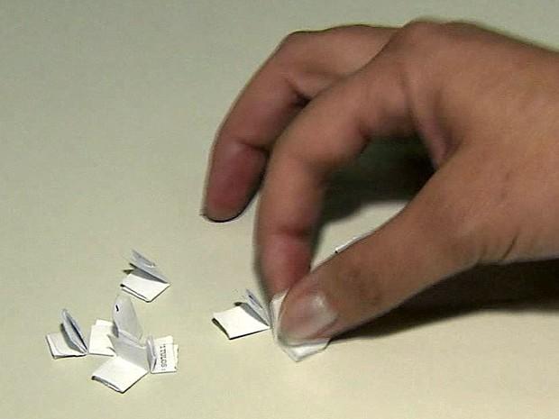 Aplicativo ajuda em sorteio de amigo secreto (Foto: Reprodução EPTV)