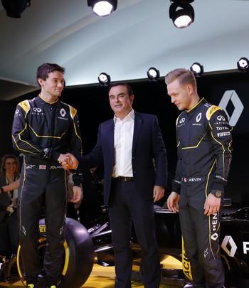 Jolyon Palmer e Kevin Magnussen foram apresentados como titulares da Renault na Fórmula 1 (Foto: Reuters)