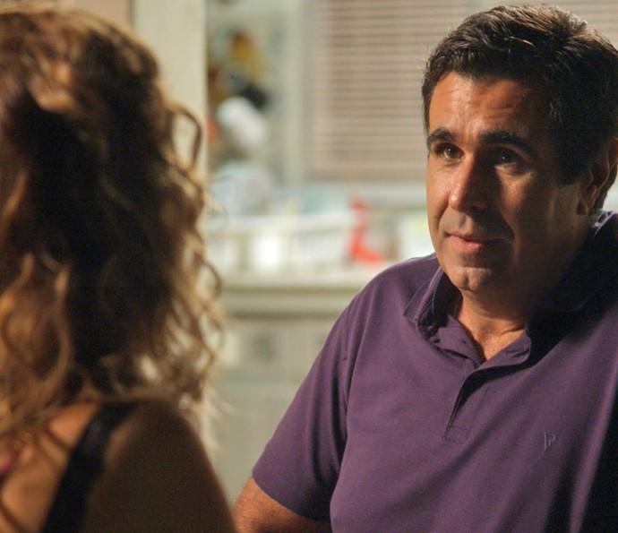Hugo é só elogios para Gilda (Foto: TV Globo)