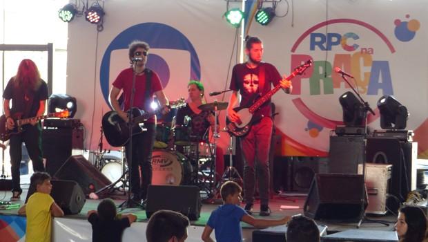 Entre as atrações: a participação especial do Radio Radar, banda que participou do programa SuperStar. (Foto: Divulgação/RPC)