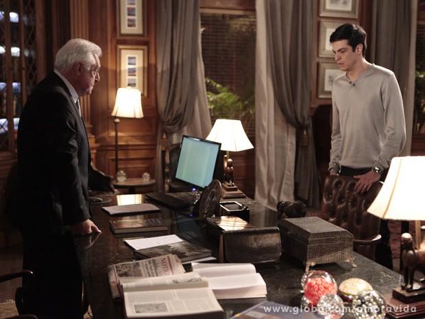 César diz a Félix que ele nunca ocupará a presidência do San Magno (Foto: Amor à vida/TV Globo)