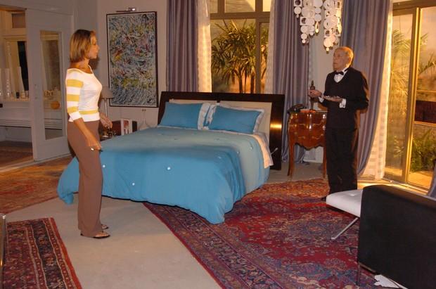 Gisela (Ângela Vieira) e Alfred (Italo Rossi) em Senhora do Destino (Foto: João Miguel Júnior / Globo)