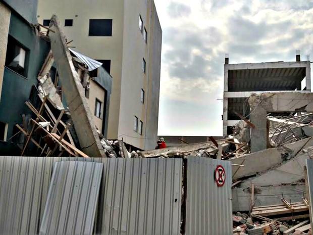 Ala destruída seria destinada à administração do hospital (Foto: Divulgação/Corpo de Bombeiros)