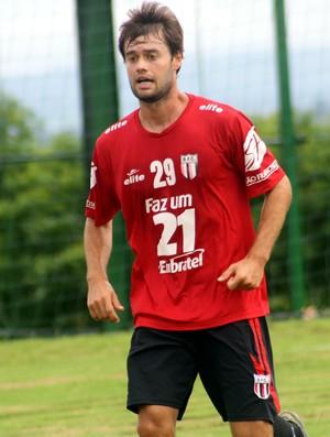 Douglas Packer, meia do Botafogo-SP (Foto: Cleber Akamine)