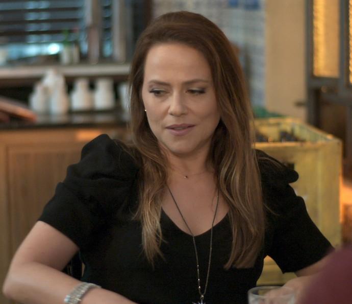 Lili fica sem graça (Foto: TV Globo)