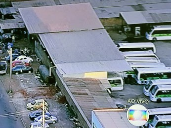 Garagem da Cootarde, cooperativa de transporte público do Distrito Federal, em Ceilândia (Foto: TV Globo/Reprodução)