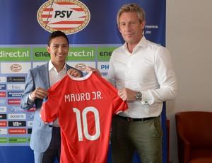 Mauro Júnior apresentado no PSV