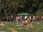 Vítimas de raios em Praia Grande (SP) são enterradas