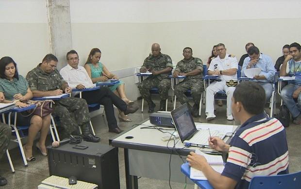 Membros do Comitê das Águas e Meio Ambiente e parceiros se reuniram (Foto: Bom Dia Amazônia)