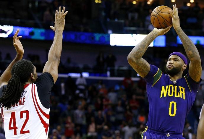 DeMarcus Cousins estreou pelos Pelicans, mas não evitou atropelo dos Rockets (Foto: Getty Images)