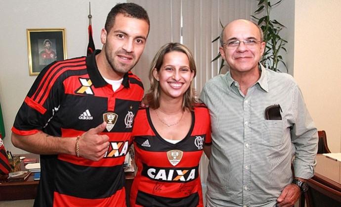 Héctor Canteros apresentado no Flamengo (Foto: Site Oficial do Flamengo)