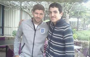 Gerrard Inglaterra e fã Rio de Janeiro  (Foto: Arquivo Pessoal)