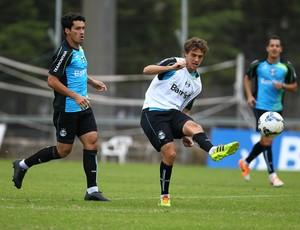 Riveros foi convocado pelo Paraguai, mas Grêmio tenta liberação (Foto: Lucas Uebel/Grêmio)