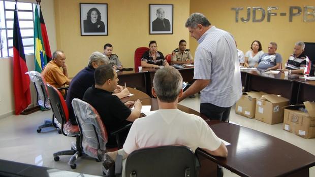 Reunião realizada na FPF (Foto: João Neto / globoesporte.com)