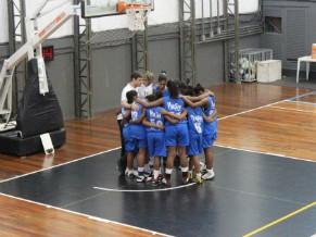 Equipe sub-13 de basquete feminino (Foto: Divulgação)