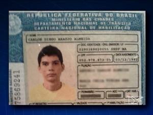 Motorista Carlos Diego Almeida, 22, conduzia veículo que causou acidente (Foto: Reprodução / TV Mirante)